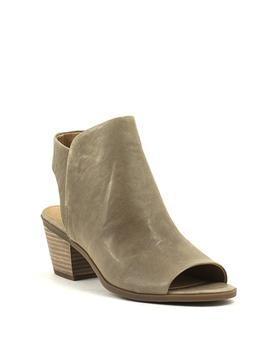 Luckybrand Baaka Shoe