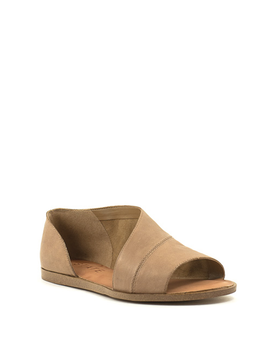 1. State Celvin Sandal Caramel/Anzio