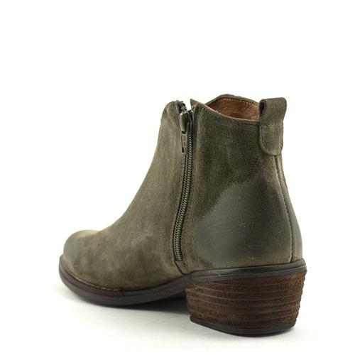 David Tyler David Tyler 19040 Boot Verde