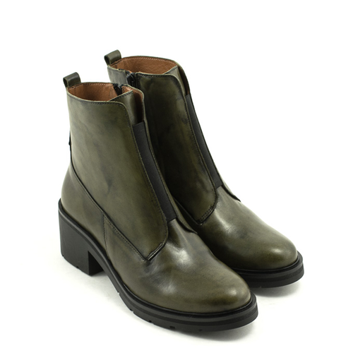 David Tyler David Tyler 9895 Hold Verde Boot