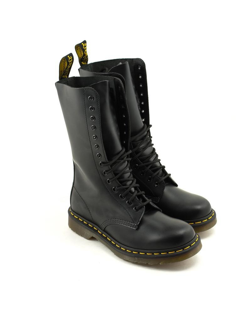 Doc Martens Dr. Martens 1914 Vonda Boot Black Smooth