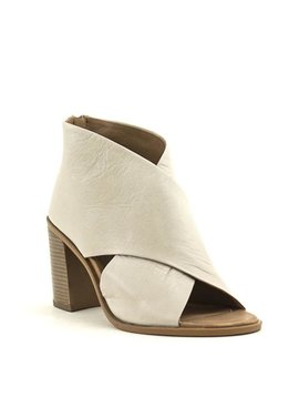 Carmela 67129 Shoe Off White