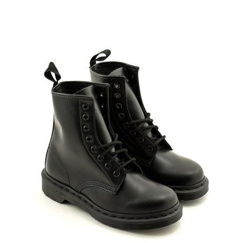 Doc Martens Dr. Martens 1460 Mono Smooth Leather Black