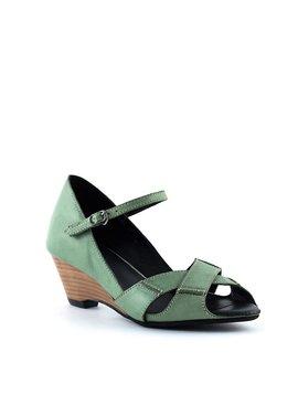 Yuko Imanishi 77230 Sandal Green