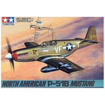 TAMIYA NORTH AMERICAN P-51B MUSTANG 1/48 SCALE