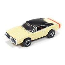 Auto World X-Traction 1969 DODGE CHARGER AVAIL IN YELLOW/BLACK OR SILVER /BLACK ( PRICE IS FOR 1 CAR )