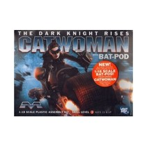 MOEBIUS 1/18 CATWOMAN WITH BAT-POD THE DARK KNIGHT RISES