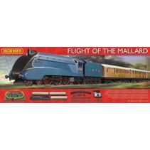HORNBY FLIGHT OF THE MALLARD HO TRAIN SET