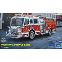 TRUMPETER AMERICAN LAFRANCE EAGLE FIRE PUMPER 1/25