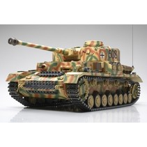 TAMIYA RC German PzKw IV - Ausf.J w/Option Kit PANZERWAGEN IV