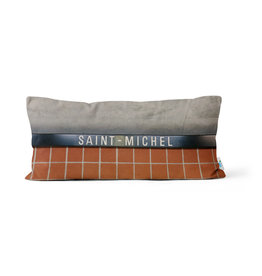PILLOW - Saint-Michel station
