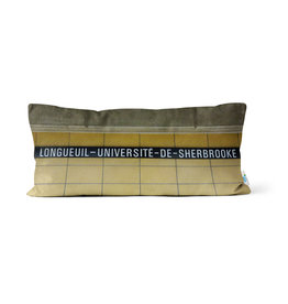 Pillow - Longueuil-Université-de-Sherbrooke station