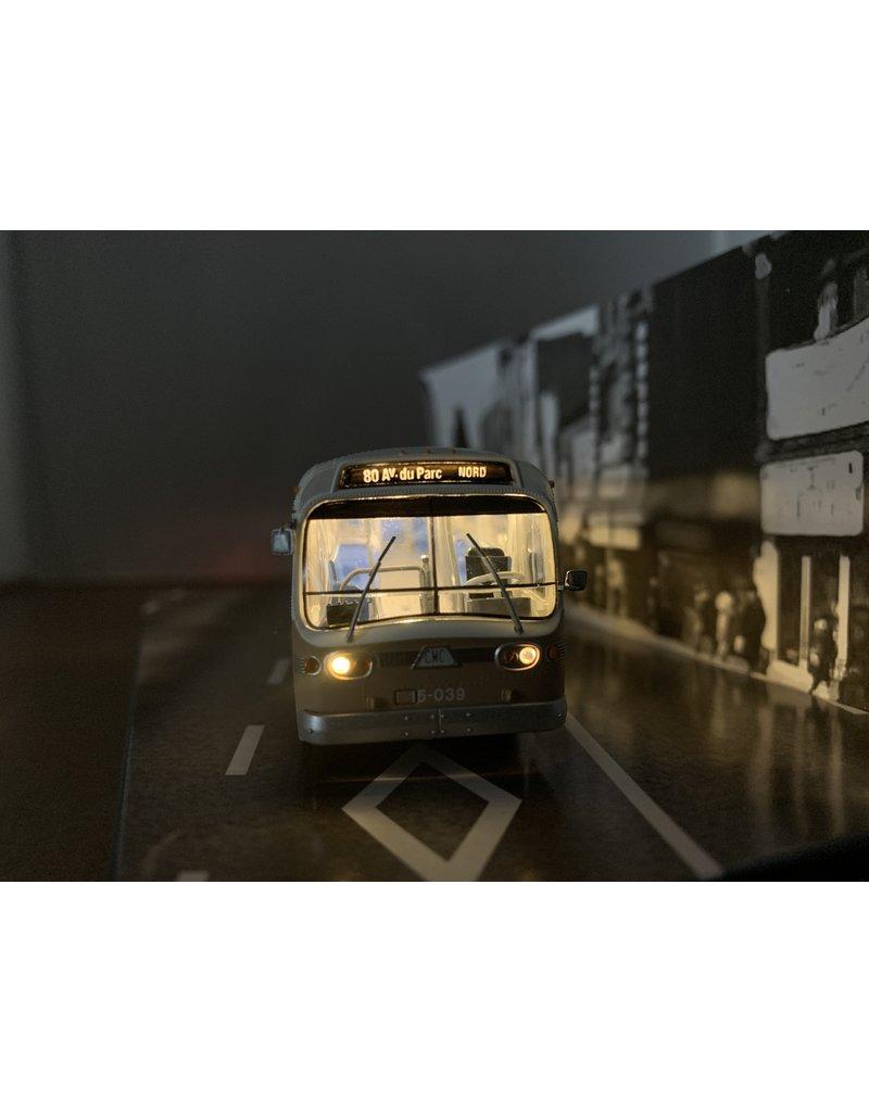 MODÈLE ÉCHELLE 1/87 - Autobus New Look brun C.T.C.U.M.  Édition Deluxe #15-061