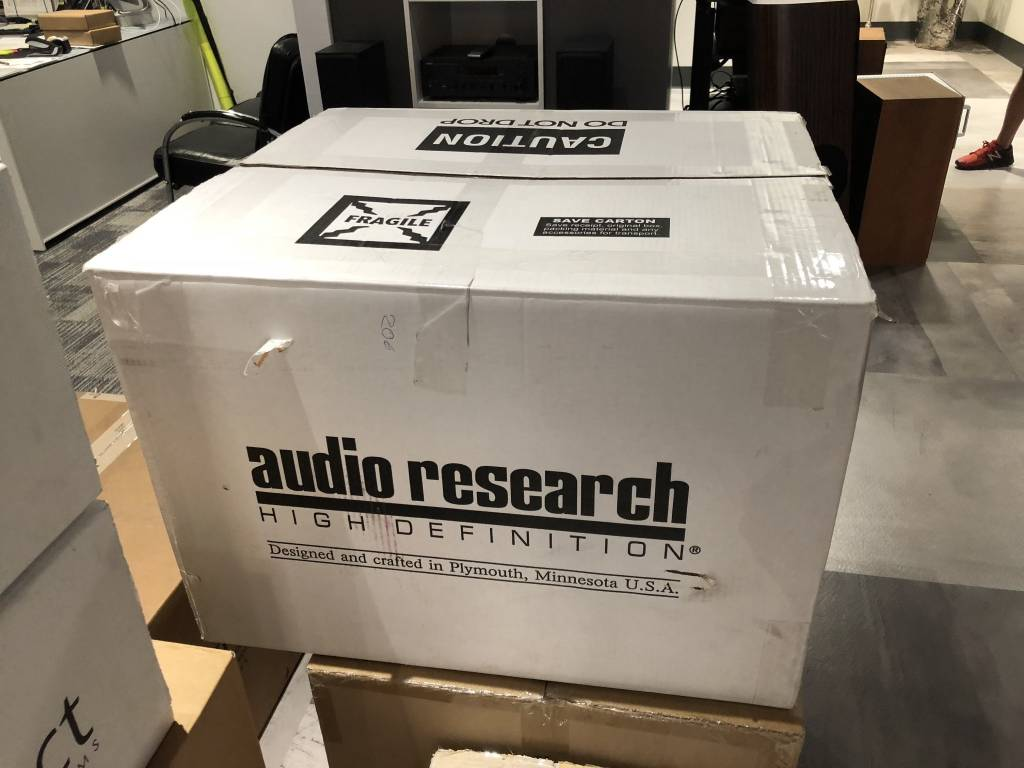 """Audio Research """"USED"""" Mint Condition  Reference 75 Amplifier"""