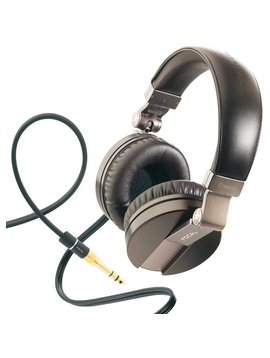 Focal Spirit Classic Circum-Aural Closed Headphones