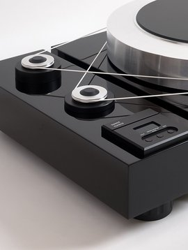 EAT European Audio Team Forté Piano Black Turntable