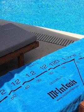 "McIntosh Towel 35"" x 70"""