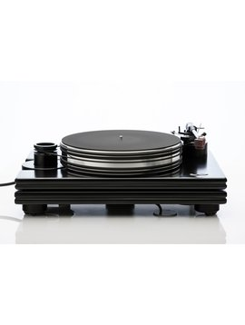 Pear Audio Kid Punch Turntable with Cornet 2 Tonearm