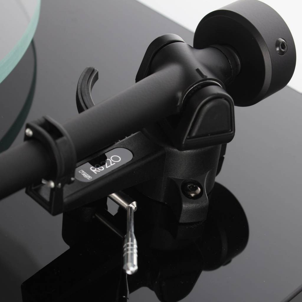Rega Research RB220 Tonearm