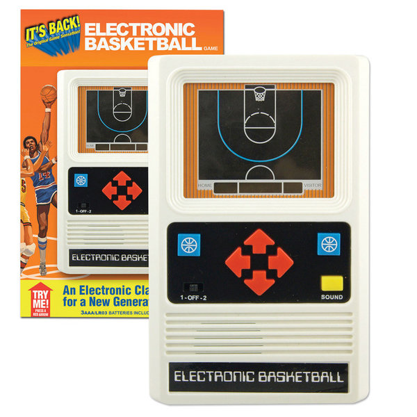 ELECTRONIC HANDHELD GAME - BASKETBALL - AGES 8+
