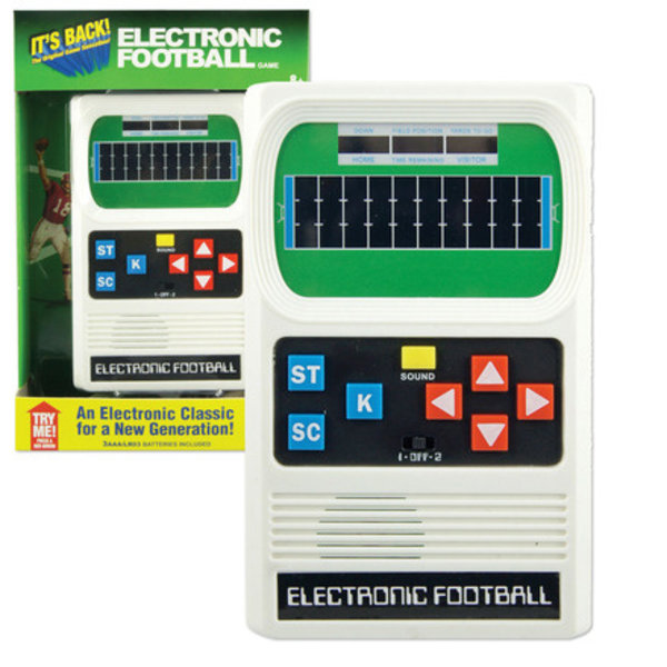 ELECTRONIC HANDHELD GAME - FOOTBALL - AGES 8+