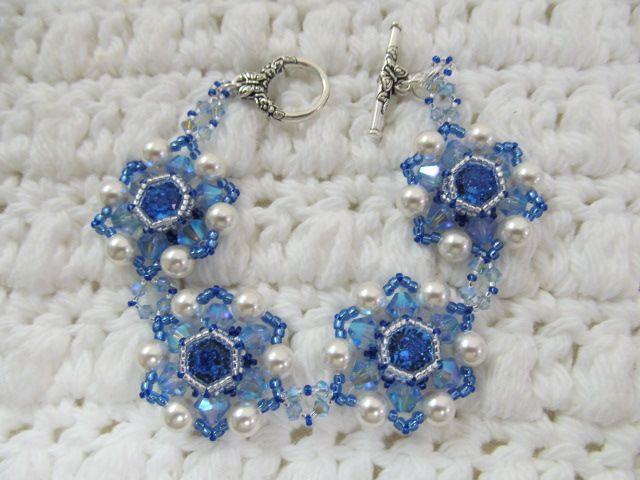 12/10 6-9pm Crystals Blossoms Bracelet
