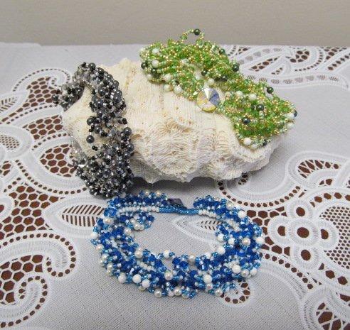 1/17 6-9pm Twist Of Sparkle Bracelet