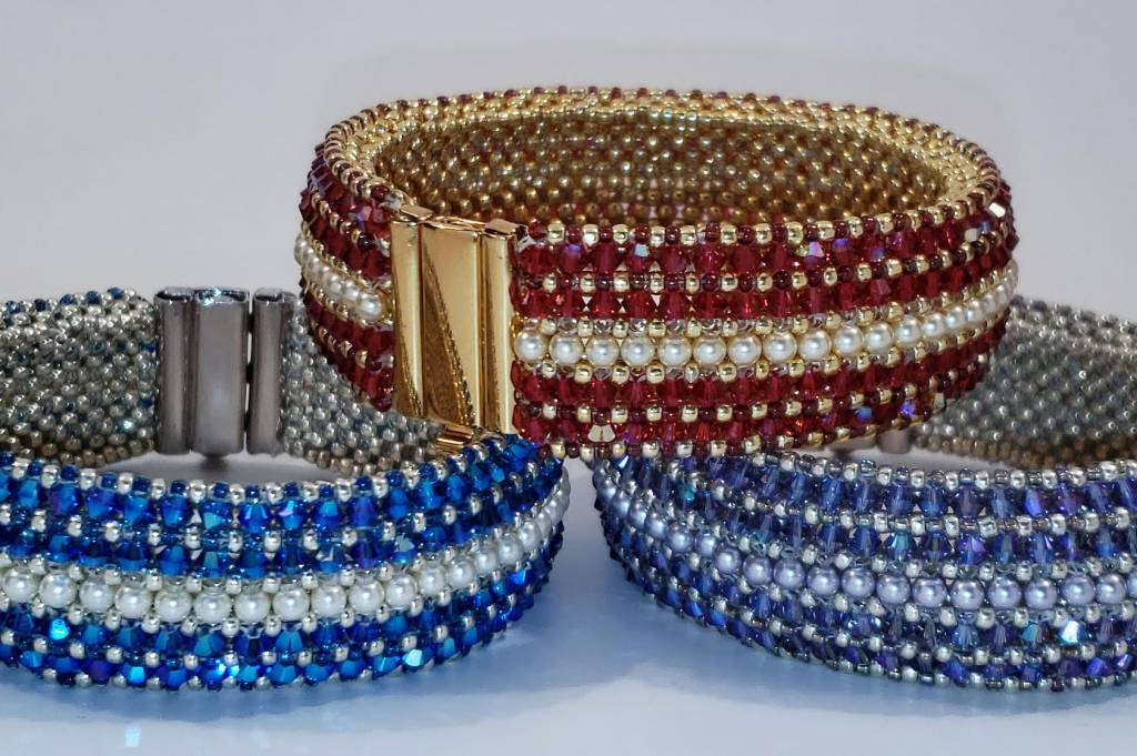 12/01 2-6pm Rue Magique Bracelet  with Diane Whiting