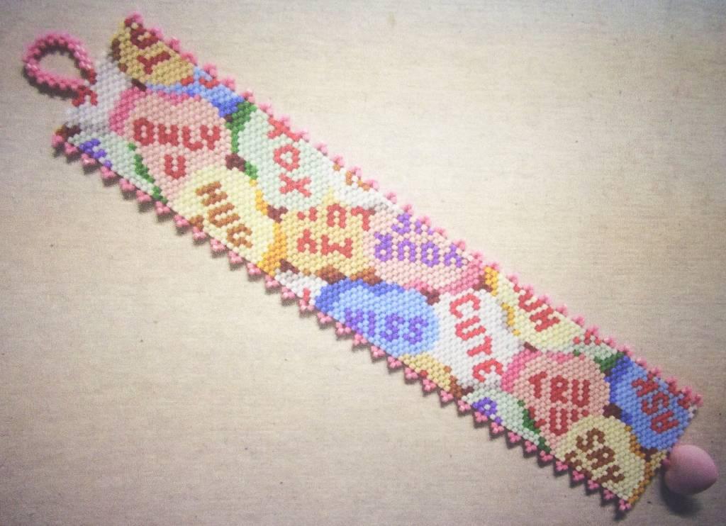 2/05 6-9pm Candy Hearts Bracelet