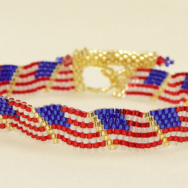 7/09 6-9pm Wavy Flag Bracelet