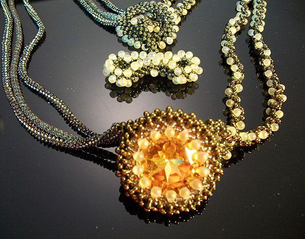 6/30 10a-4p Amber Lights Necklace WEBINAR