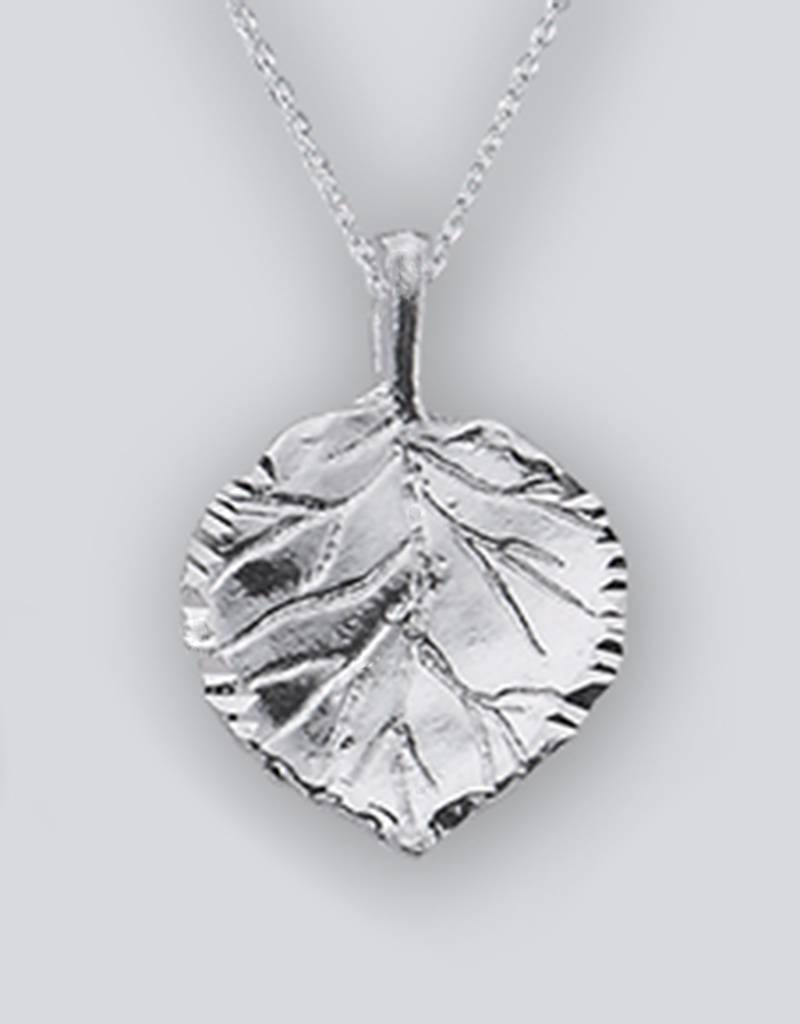 Aspen Leaf Pendant 19mm