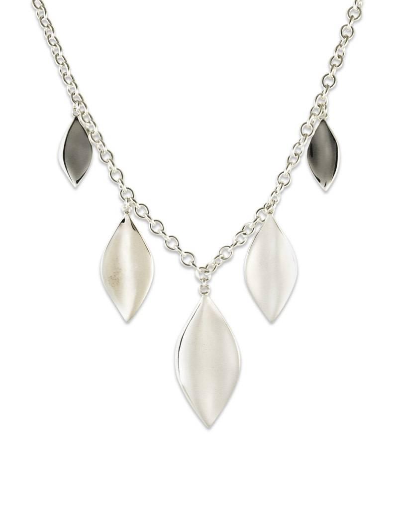 "ZINA Leaf Dangle Necklace 28"""