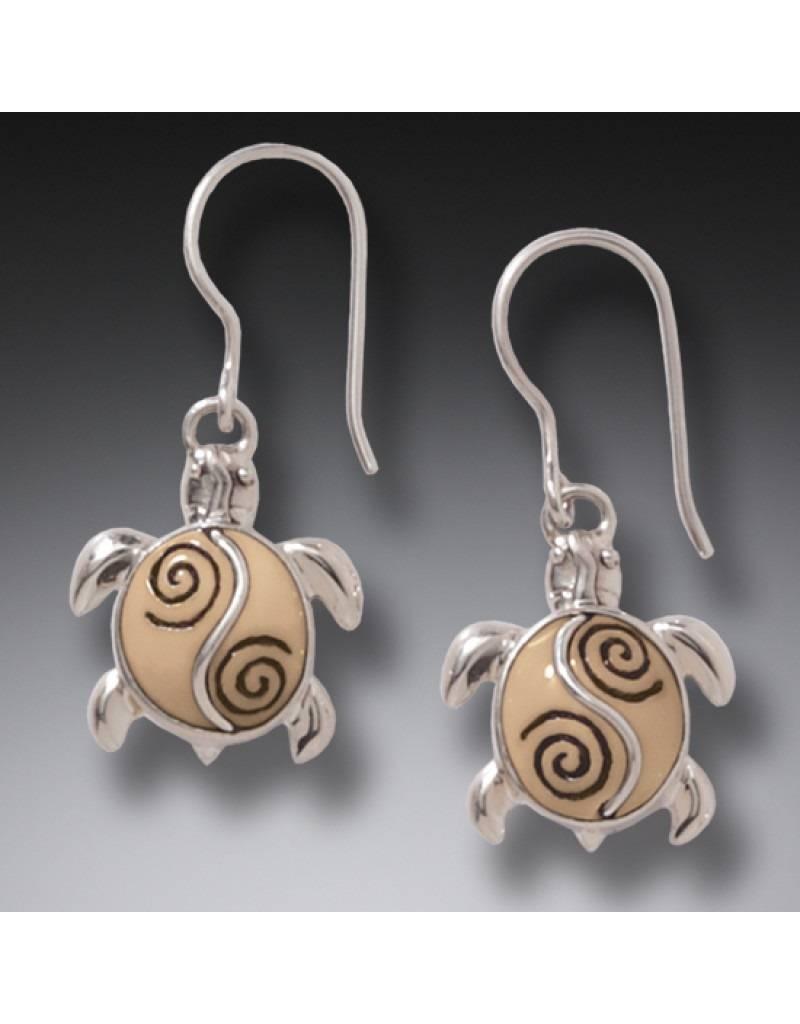 ZEALANDIA Baby Sea Turtle Earrings 19mm