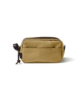 43cd8a1da45 Filson Travel Kit - Tan