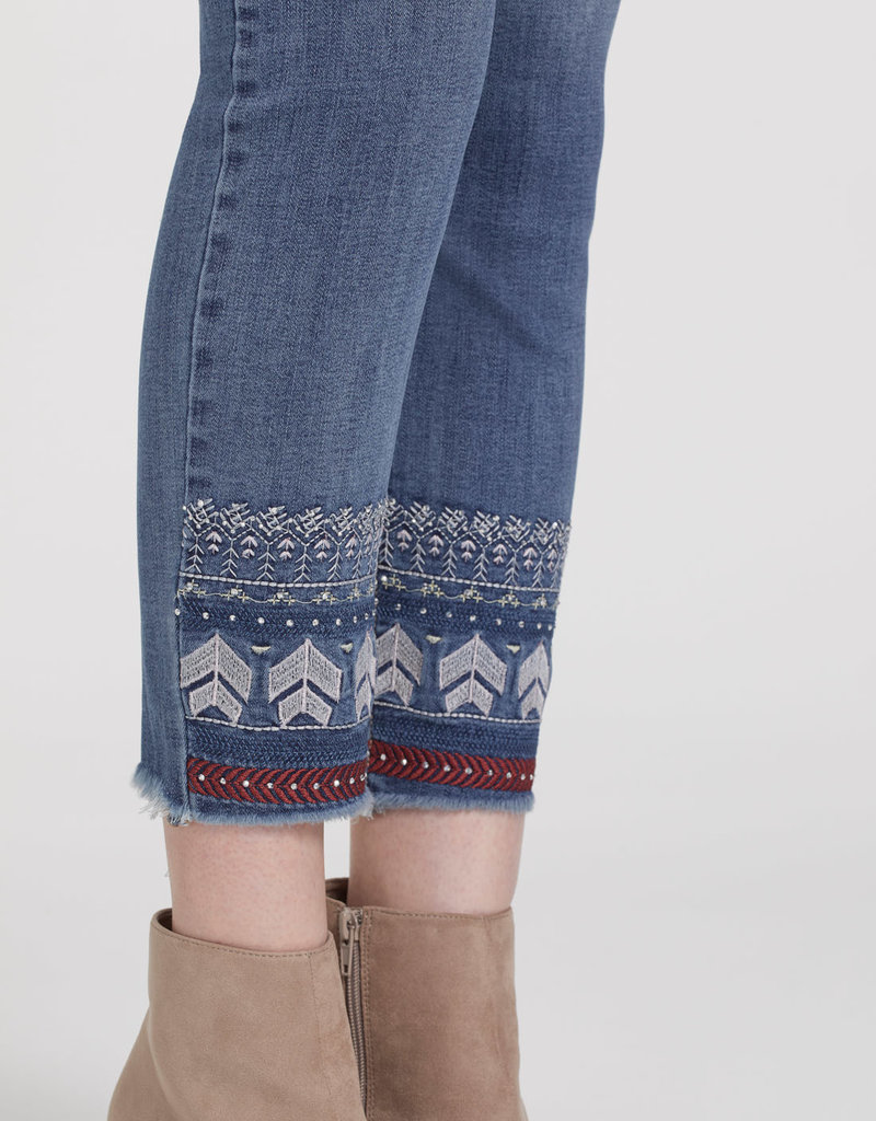 TRIBAL Jeans à broderie