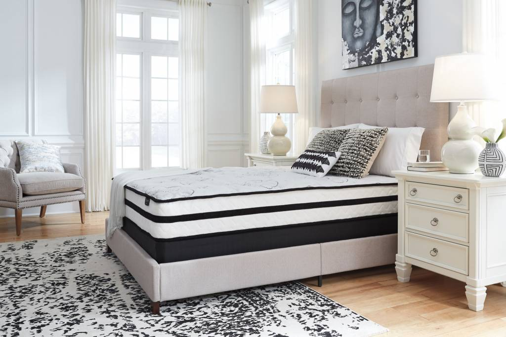 Sierra Sleep Queen Mattress- Chime 10 Inch Hybrid- White M69631
