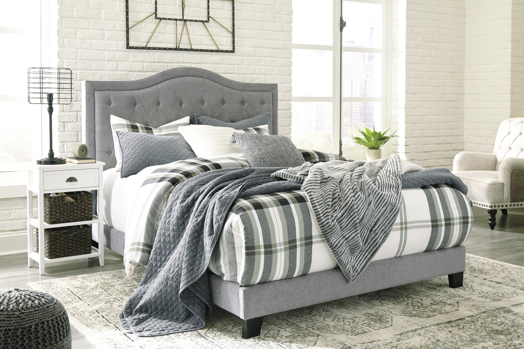 Benchcraft KING Upholstered Gray Bedframe- Jerary- B090-382