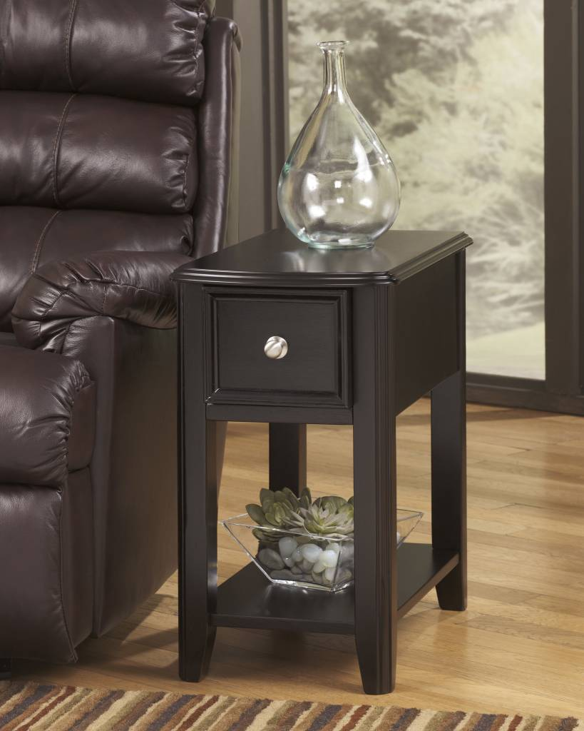 Signature Design Bregin, Side End Table, Almost Black T007-371