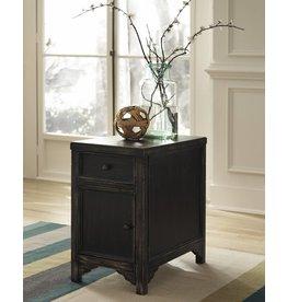 Signature Design Gavelston, Side End Table, Black T732-7