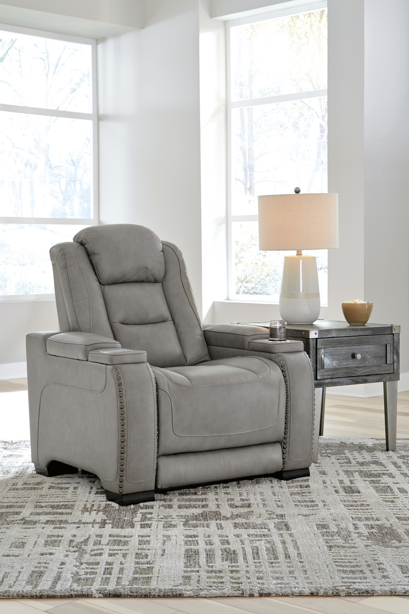 "Signature Design ""The Man Den"" Leather Power Recliner w/Adjustable Headrest- Gray U8530513"
