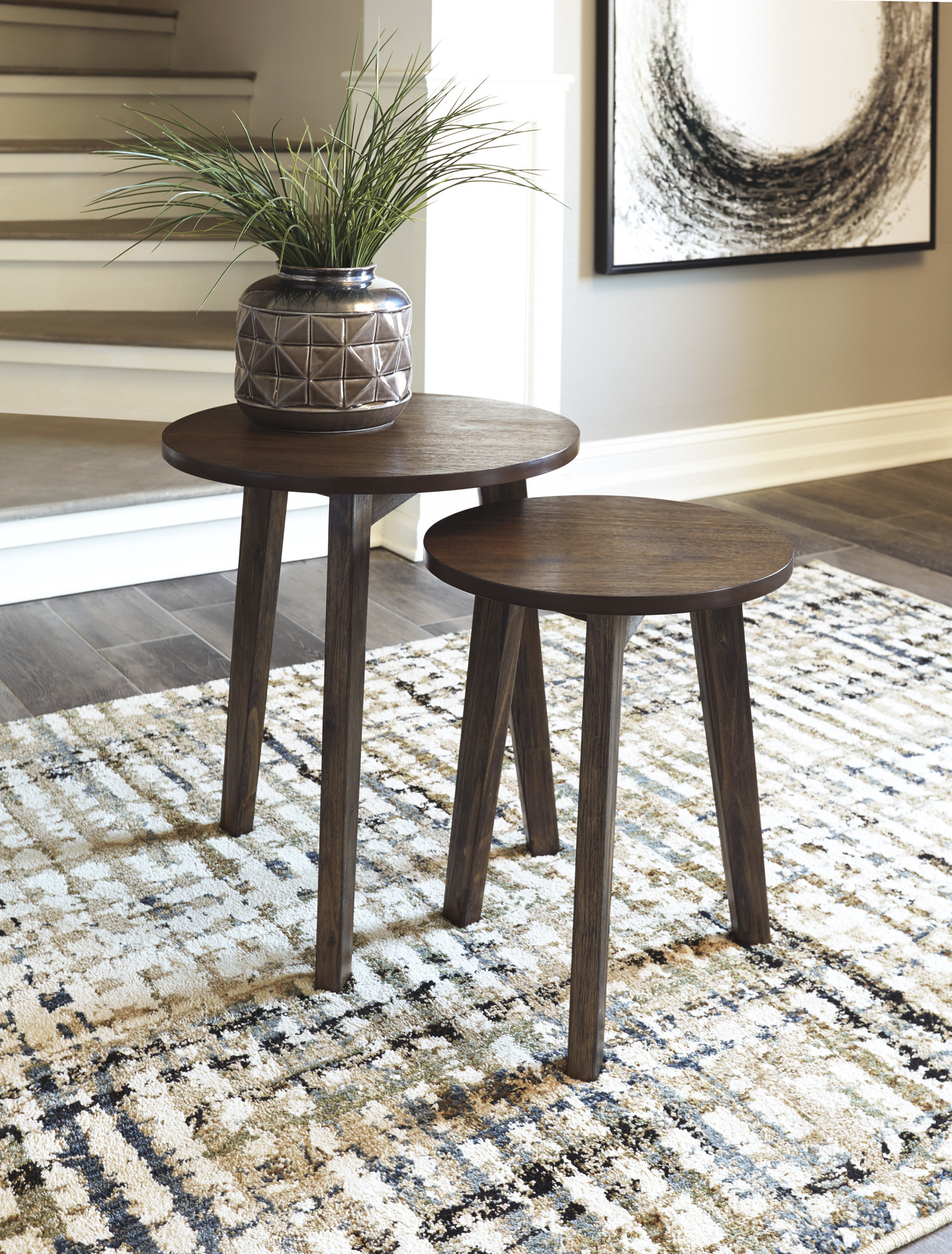 """Signature Design """"Clydmont"""" Accent Table (Set of 2)- Brown- A4000233"""