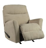 Signature Design Maier Cocoa Recliner