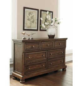 Signature Design Flynnter Dresser, Medium Brown, Casual B719-31