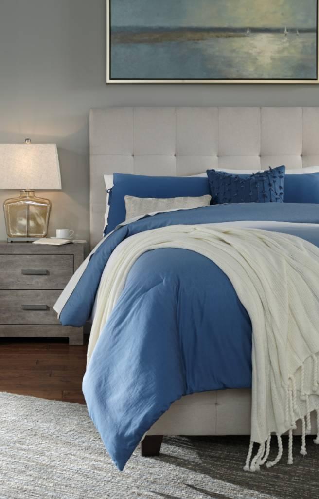 Signature Design CREAM B130-581 Dolante QUEEN Upholstered Beds