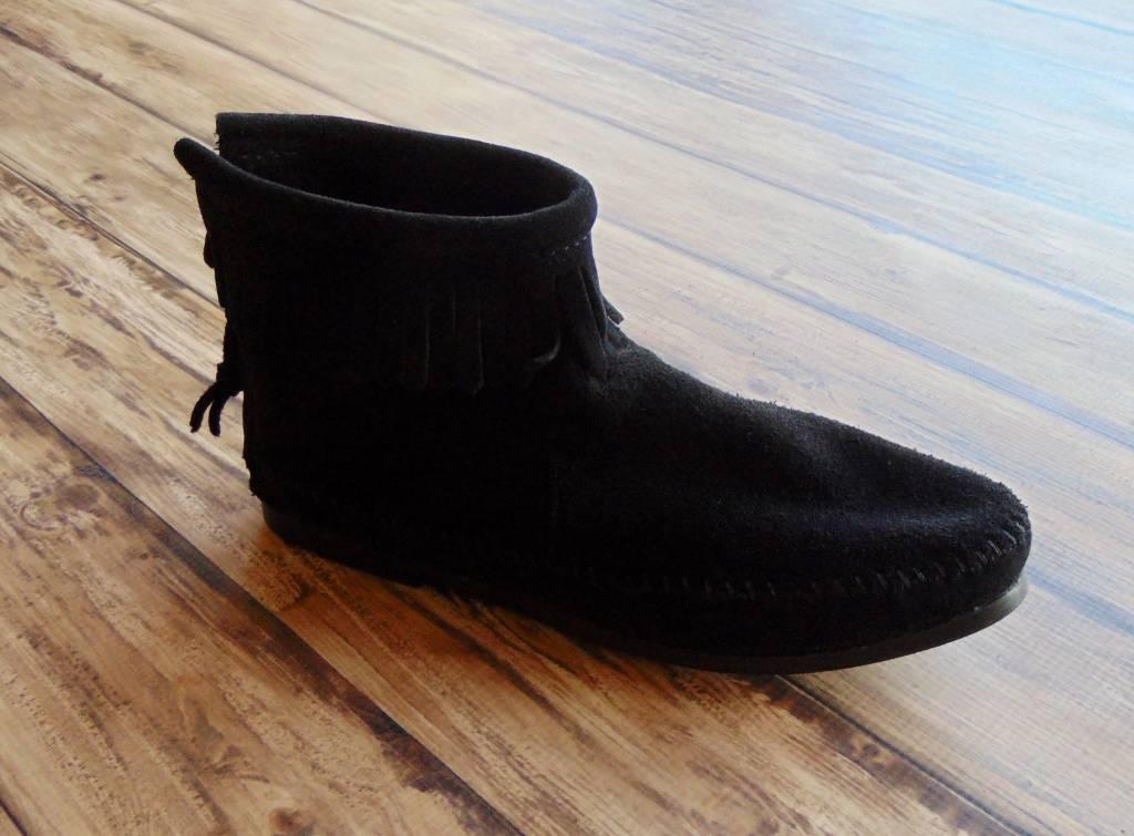 "Minnetonka Moccasins ""Back Zip Hardsole Boot"""