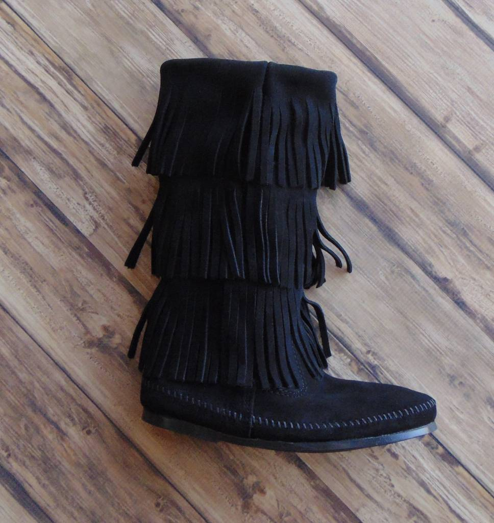 Minnetonka Moccasins (3-Layer Fringe Boot)