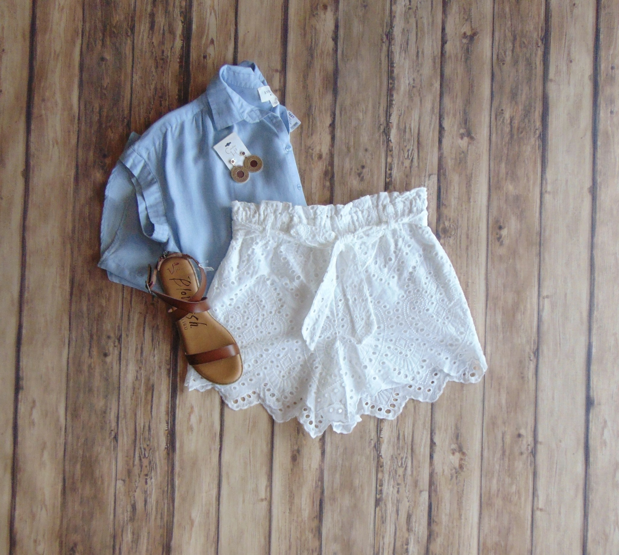 Ladies Who Lunch Eyelet Lace Shorts