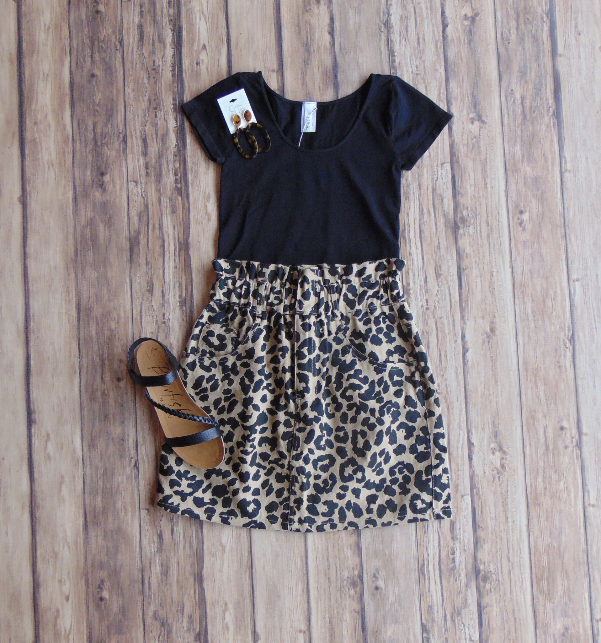 On the Prowl Leopard Skirt