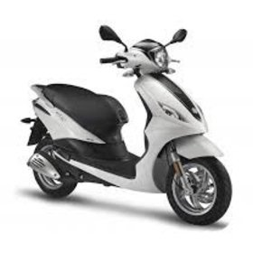 Vehicles Piaggio, 2018 Fly50 4T-4V Pearl White